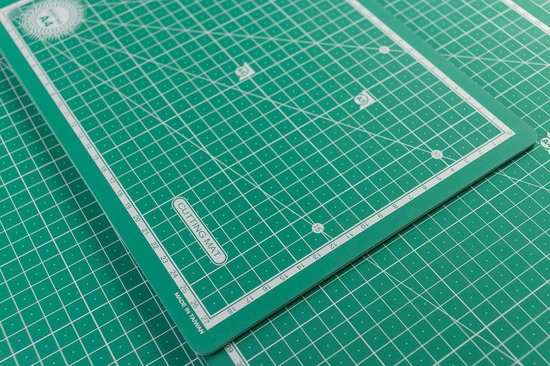 Miếng Lót Cắt Tự Lành Chuyên Handmade - size A3