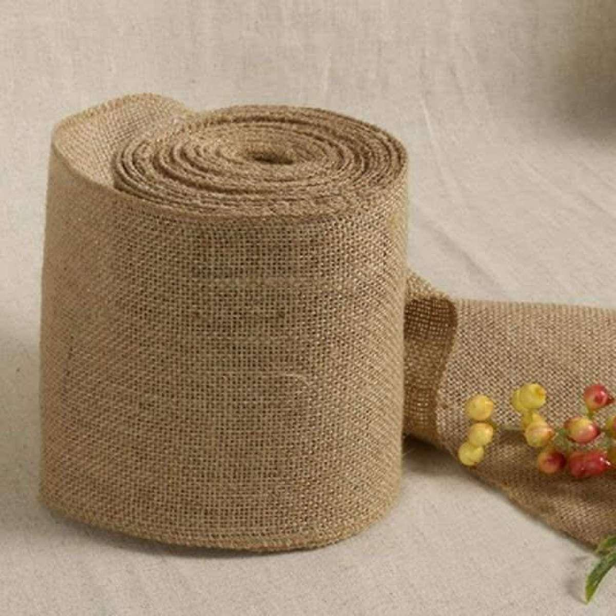 Decorative runner roll made from rough canvas 2m