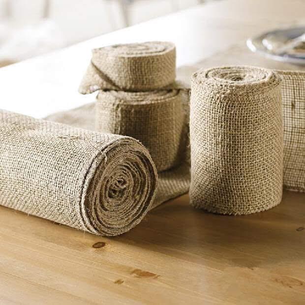 Cuộn runner trang trí làm từ vải bố thô dài 2 mét