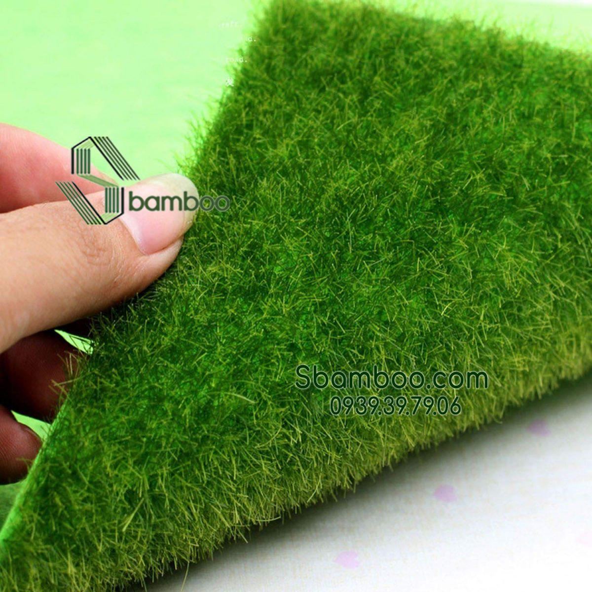 Thảm cỏ nhân tạo, cỏ giả trang trí sân vườn tiểu cảnh 15*15 cm (1 tấm)